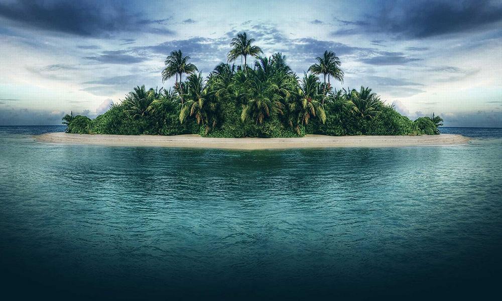 Desert Island Survival Shelter